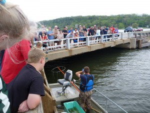 Fish Shocking Seminar on Lake Wisconsin