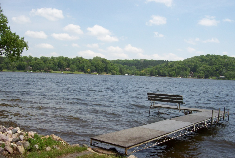 Image Source: http://countrytimegazette.com/welcome/lake-redstone-wisconsin/